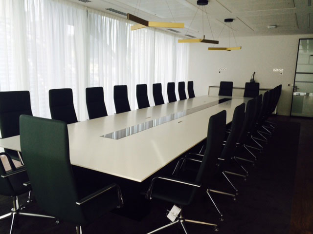 Threadneedle Boardroom Table