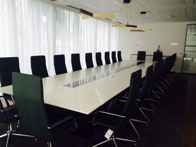 Threadneedle Boardroom Table
