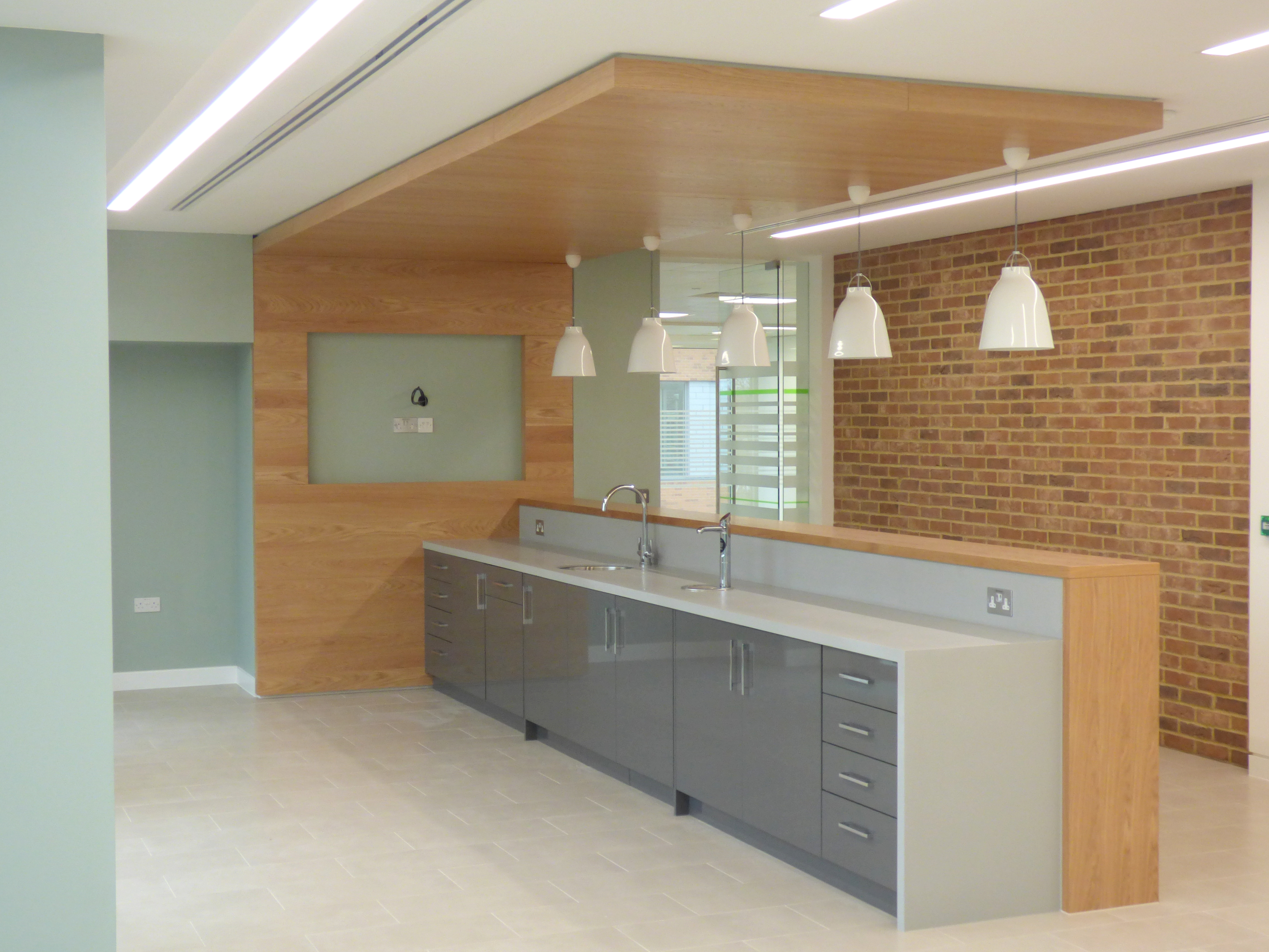Rawlinson and Hunter bespoke office fit out furniture