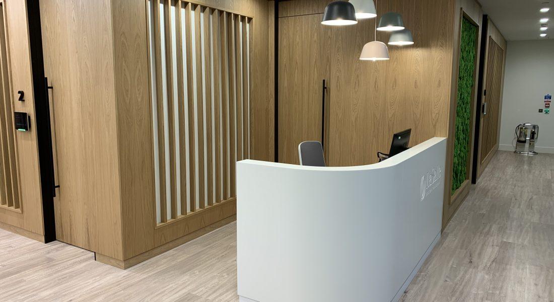 1 La Salle Reception Counter
