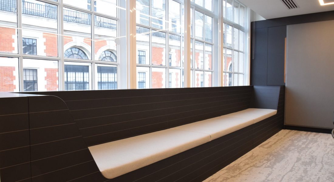 15 Boardroom seating