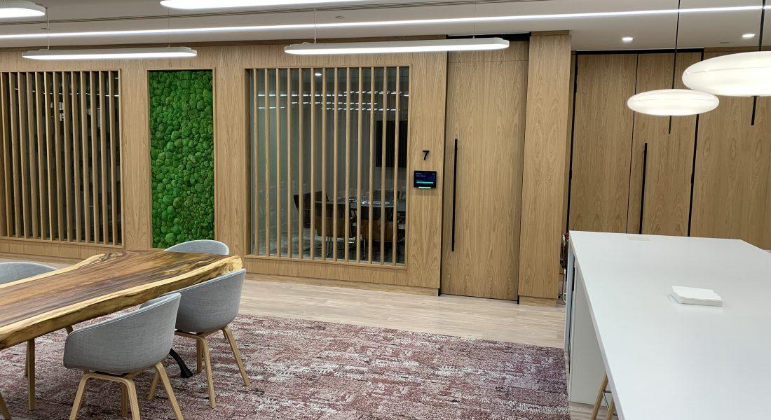 6 La Salle Walls & Doors