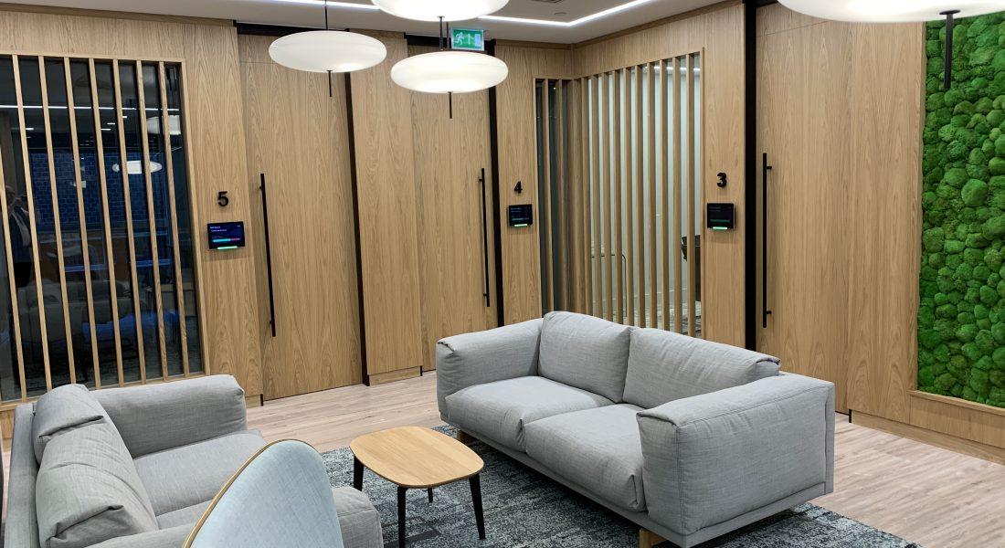 7 La Salle Doors & Wall panelling